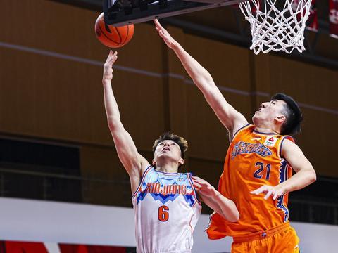 CBA新科状元轰8+12,刘炜应该重点培养他