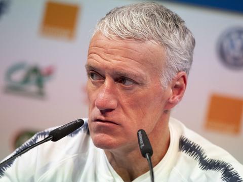 德尚:如果我离开法国国家队,我希望齐达内能成为我的继任者