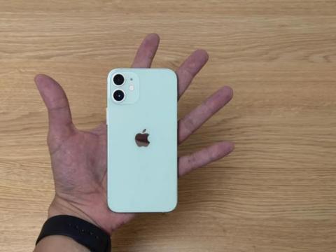 懂手机的人买苹果、小米,不懂手机的人才买华为、OV?