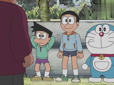 胖虎丢下同伴参赛,哆啦A梦三人组拼命吃下所有记忆面包,要优胜