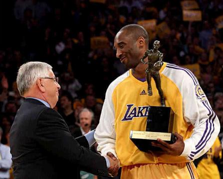 NBA历史上,从替补一步步打到MVP的,除了科比还有哪些球星