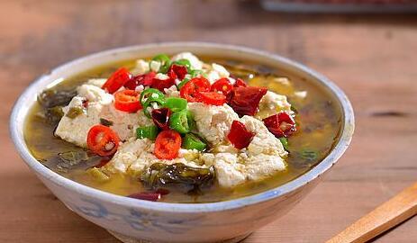 美食精选:酸菜豆花、麻酥大虾、苦瓜蛋饼、鲜虾烩冬瓜