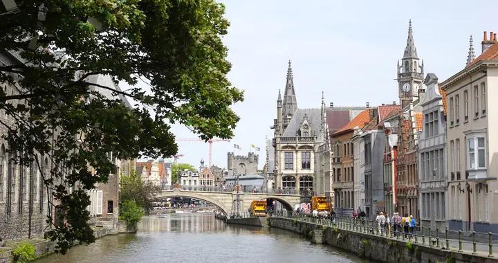 探访16世纪欧洲最强君主的出生地,依旧像在中世纪,美如油画