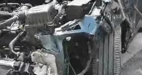 广西南宁一辆小汽车与9辆电动自行车发生碰撞 已致4死6伤
