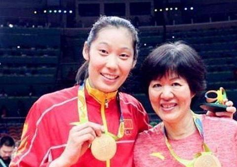 朱婷恩师郎平正式表态:中国女排期待东京奥运会如期举行!