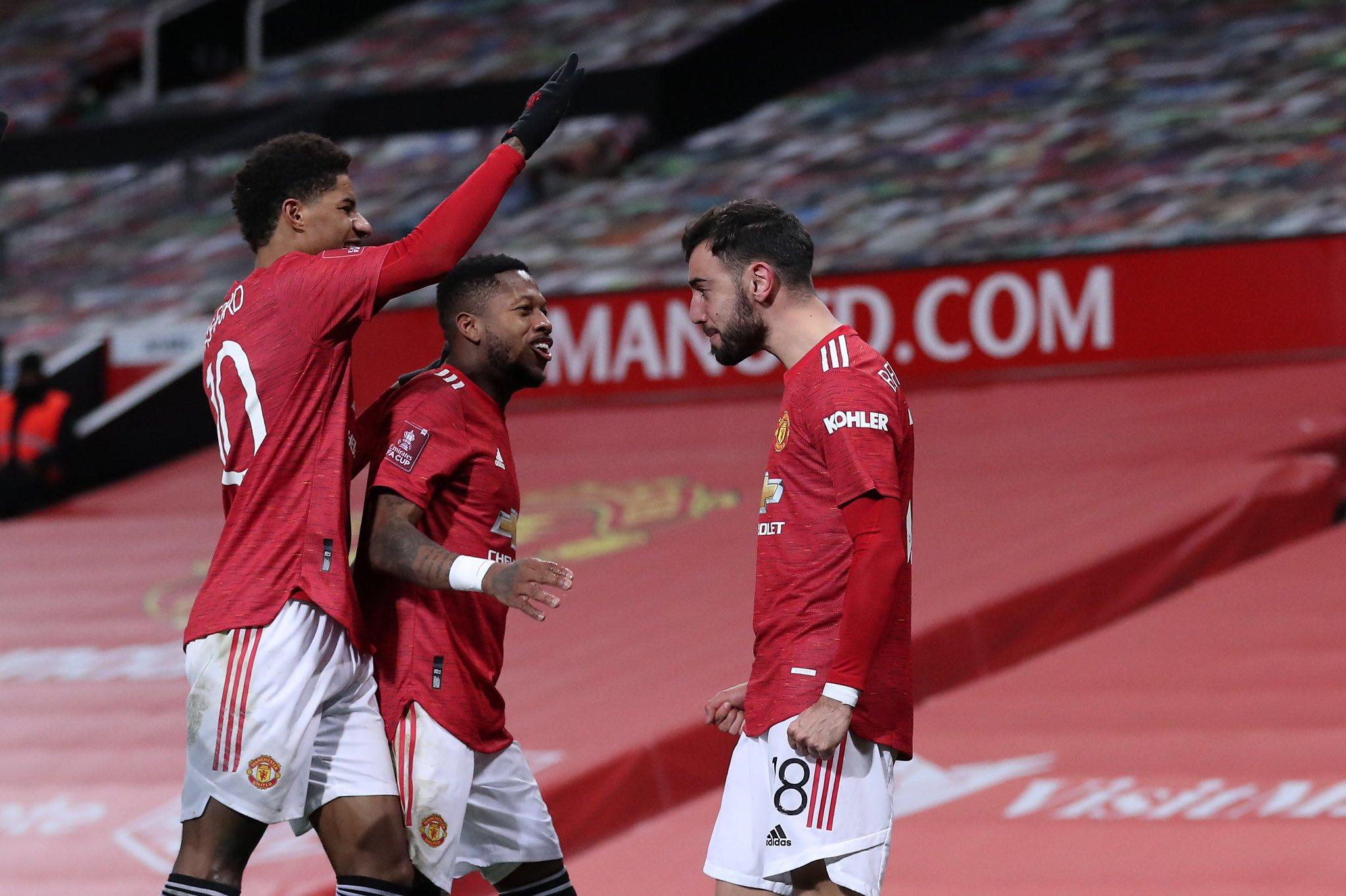 足总杯-B费替补制胜萨拉赫双响 曼联3-2逆转利物浦