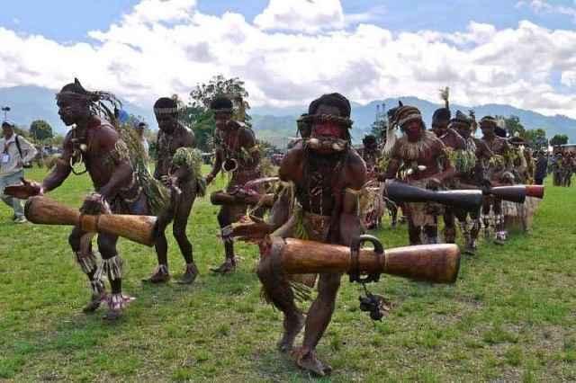 """非洲一""""土豪""""部落:坐拥600多个岛屿!"""