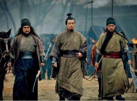 刘备说出四个字,诸葛亮听后心寒,赵云听后想离开
