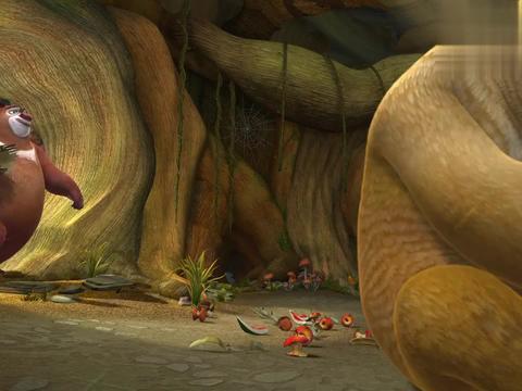 熊出没:熊大酝酿情绪呢,这是要生气了,心爱的玩具弄坏了