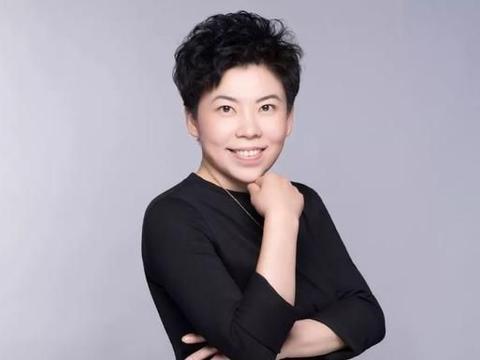 乒坛大魔王邓亚萍,身价50亿一生豪横,丈夫是乒乓球帅才!