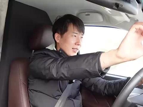 开着房车,杨旭在高速服务区过夜生活7天,会不会收超时费?