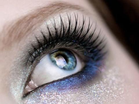 心理测试:3款眼妆,哪一款最美?测你最吸引哪种档次的男人