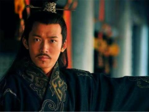 为什么刘备孙权一心要拿荆州?