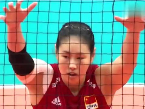 排球: 李盈莹和颜妮的高拦网组合,连着2个球拦网得分
