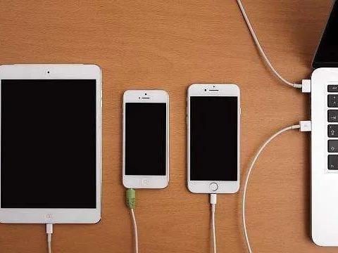 """苹果发出警告:iPhone12别靠近心脏起搏器,小心设备""""暂停""""!"""