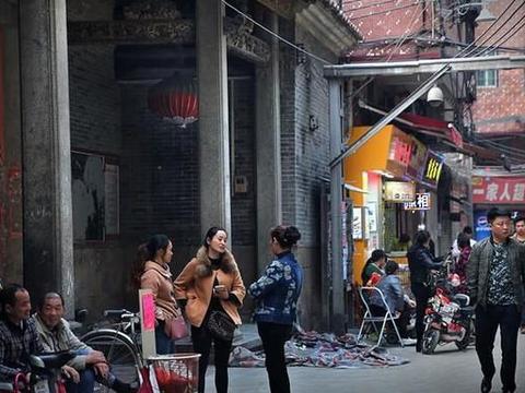 """广东""""独特""""的城中村,70%租客都是河南人,故有""""河南村""""之称"""