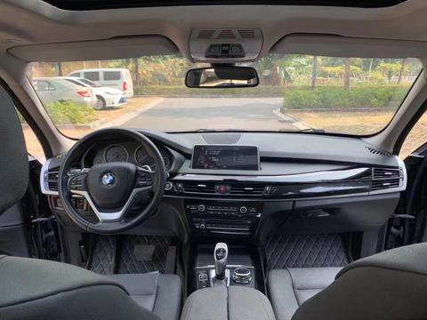 18款宝马X5售价27万,外观犀利霸气,公路SUV的王者