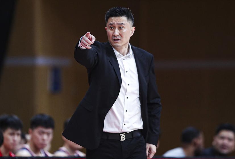 广东宏远豪取7连胜,周鹏超越杜锋!布鲁克斯25分,福建7连败