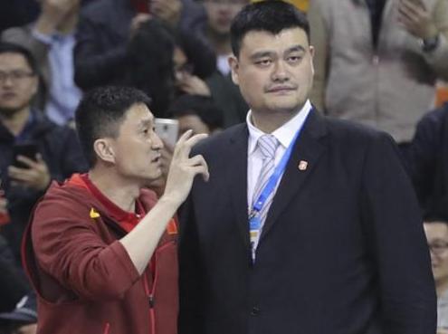 杜锋无缘首秀!中国男篮大名单浮出水面 天才中锋领衔
