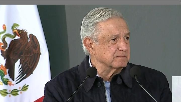 墨西哥总统宣布确诊新冠 全国累计确诊超170万,民众排队买氧气瓶