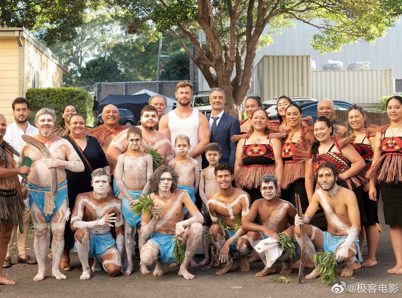 克里斯·海姆斯沃斯发Ins宣布在澳洲开拍了!
