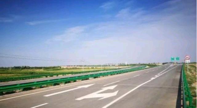 内蒙古新建一条高速公路,全长131公里,全部位于巴彦淖尔市