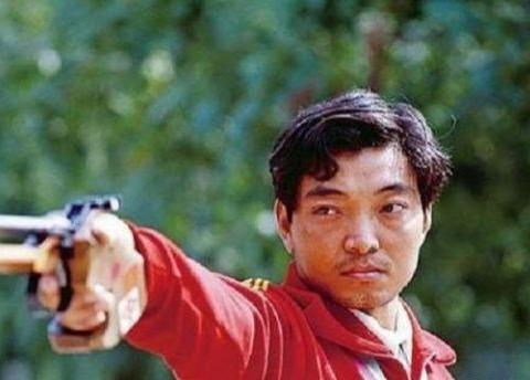 1984年,为中国拿奥运首金的许海峰,退役成金牌教练,现状怎样?