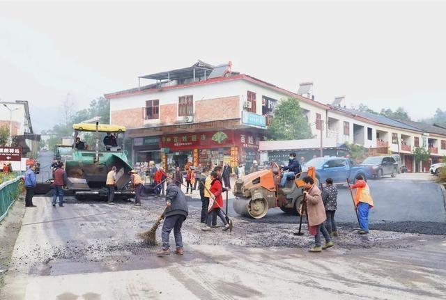 宜宾这条路正在改造 预计今年7月竣工