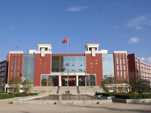 云南这三所重点中学,地址位于宣威市,教学设备先进!