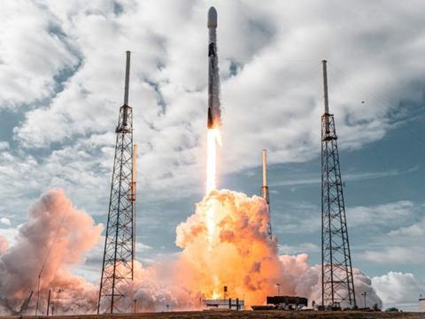 SpaceX 破纪录一次性发射143 颗卫星,价格却低到连客户都怕