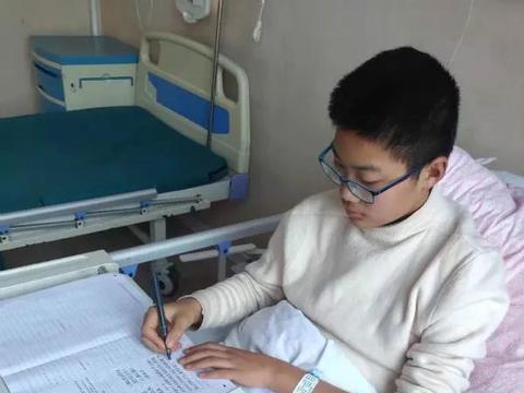 """南阳市骨科医院:病房变""""考场"""",这场特殊的考试真暖心"""