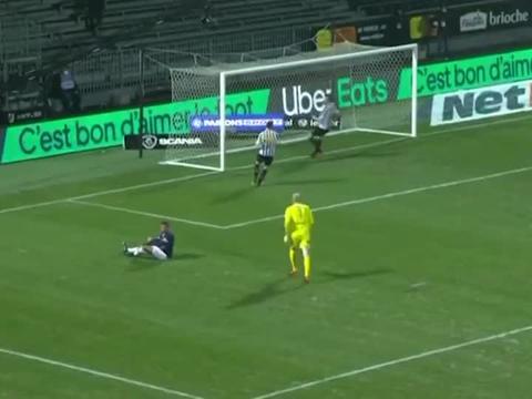 库尔扎瓦破门姆巴佩三失单刀,巴黎1-0客胜昂热