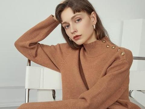 30岁女士,冬季怎么穿才能显气质?6件毛衣穿搭分享,温柔娴静!