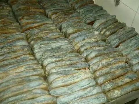 魔芋黑麦面包与馒头