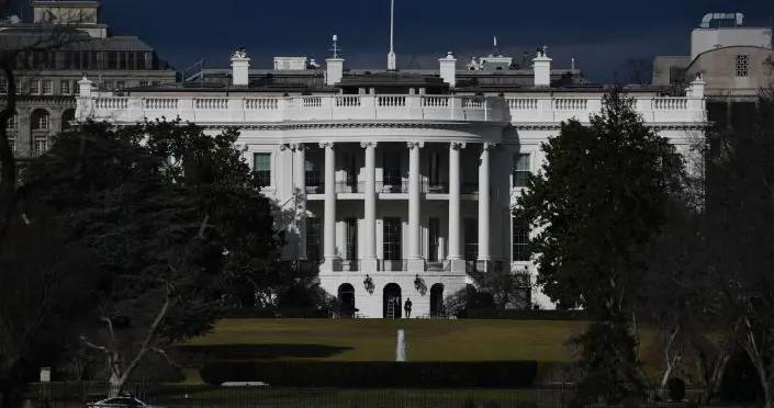 白宫:拜登再次允许变性人在美军服役