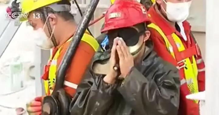山东获救矿工接受采访:井下有特别有经验的带头大哥
