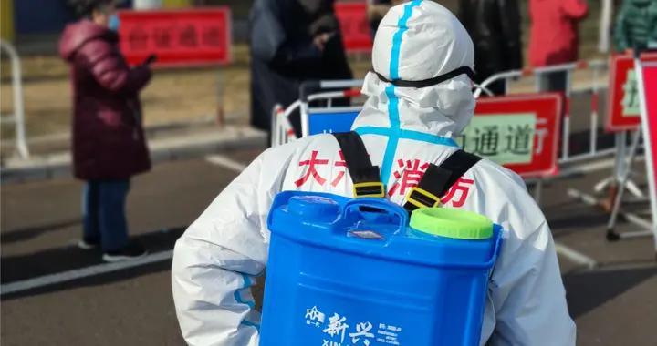 """消防员来了!大兴第二轮大规模核酸检测中的""""蓝朋友""""身影"""