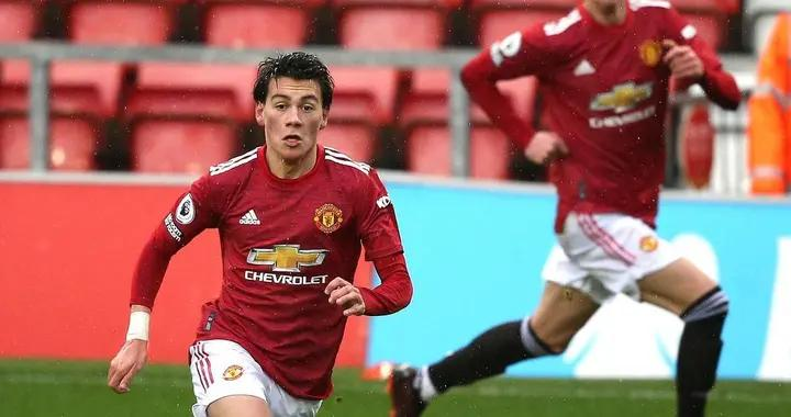 19岁小将能力远超U23!曼联有意租借深造,欧洲多家劲旅有意