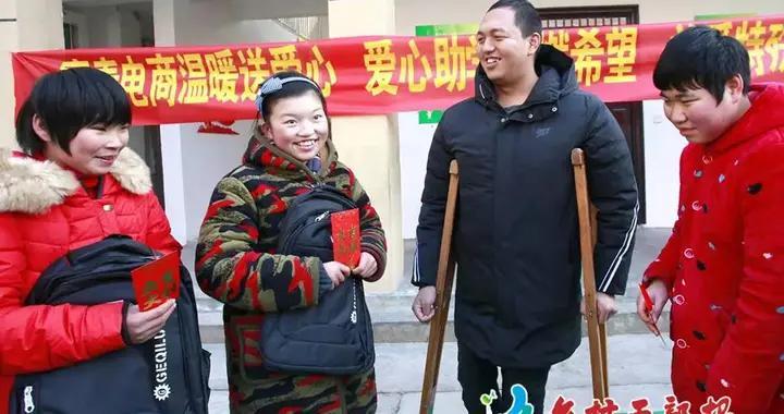 风采 | 河南宁陵县张操村党支部书记路柯:拄着拐杖也要闯出一条路