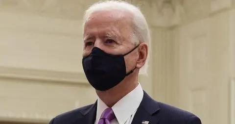 美国白宫将重启疫情简报会 每周召开三次
