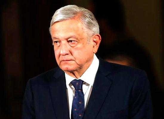 墨西哥总统确诊前搭商用机 当局追踪同机民众记者