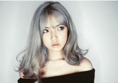 心理测试:凭直觉选一个喜欢的发型,测出你下月有什么喜讯