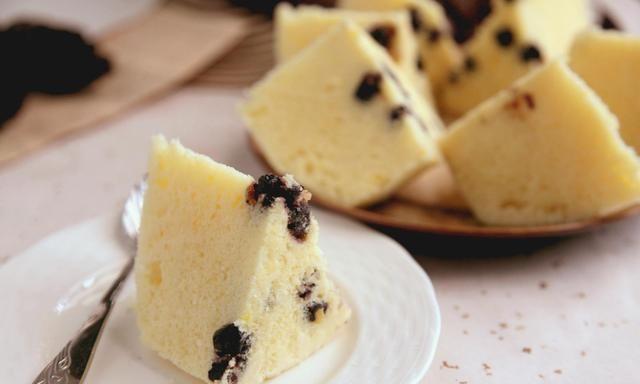 何炅老师教你做蛋糕,无需烤箱,无需打发,简单4步骤,香甜软绵