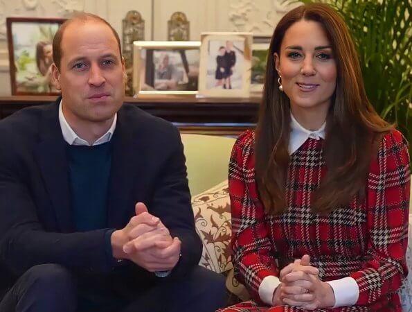 披大衣似霸道总裁,赢了姐妹花凯特王妃
