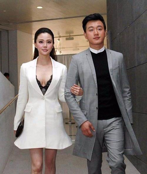 """有种""""高级""""叫佟大为女儿,撞脸巅峰期的王祖贤,网友:美人坯子"""