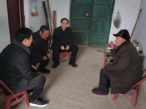 """邓州市总工会开展""""话脱贫、感党恩、奋进新时代""""主题活动"""