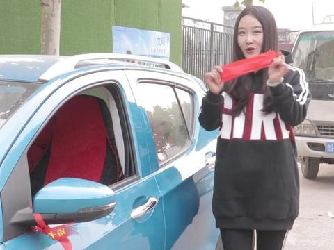 买新车时,为啥要拒绝4S店给汽车绑红绳?销售人员:是个聪明人