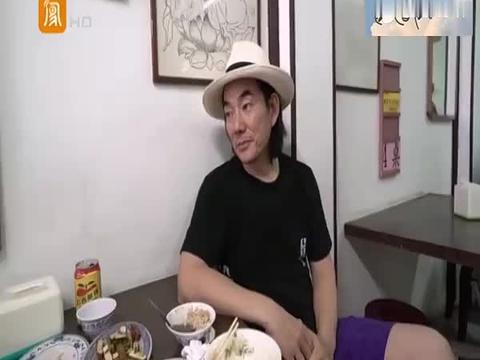台艺人回大陆探亲的表现:任贤齐重回武汉祭祖,王伟忠却双腿发软