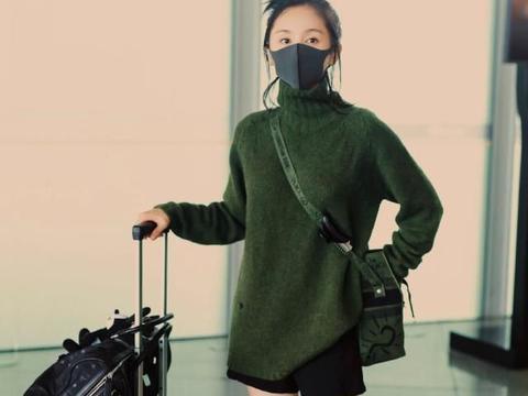 王子文针织衫+短裤走机场,纤细双腿惹人注目,简单又充满活力