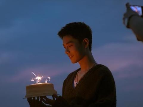 刘德华回应肖战试镜搭档,期待刘德华和肖战合拍视频,追星成功